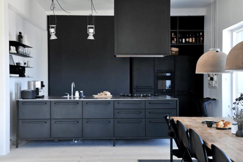 черно белая кухня дизайн