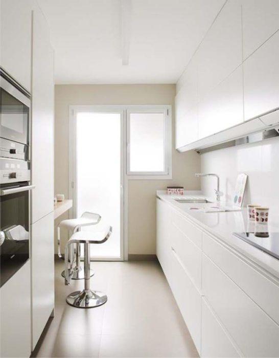 очень маленькая кухня дизайн фото