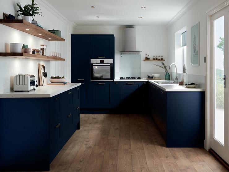 темно синий цвет на кухне