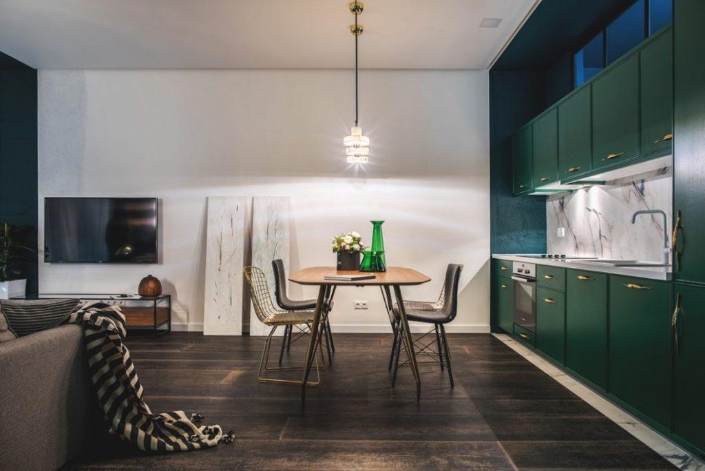 кухни зеленого цвета фото в интерьере