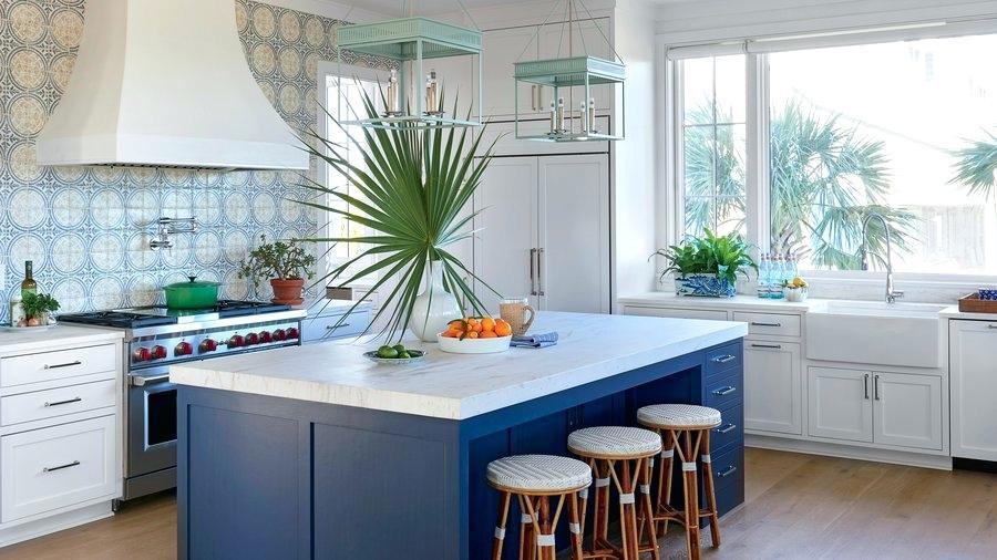 белые столешницы на кухне