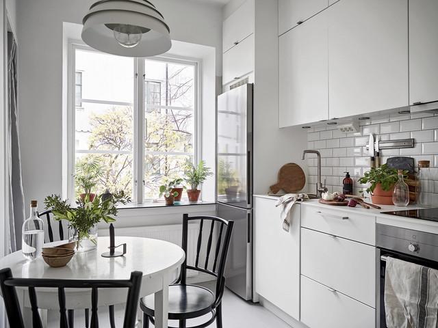 кухня 6 кв м с холодильником