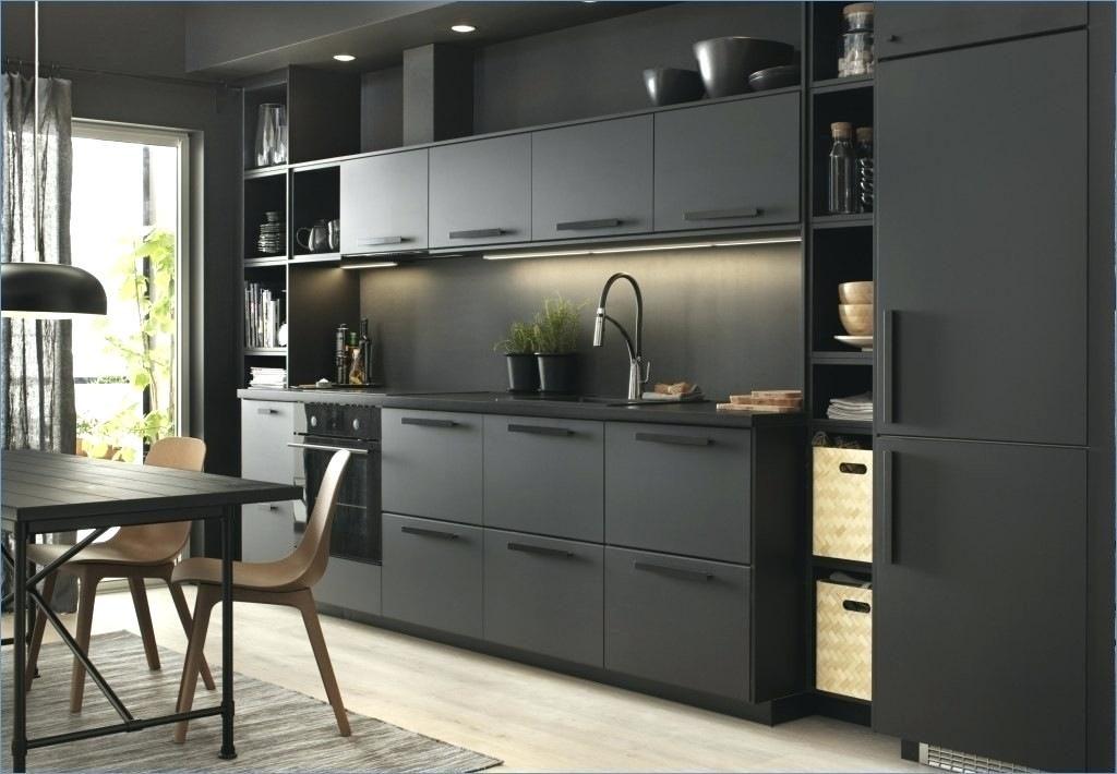 современные кухни черные