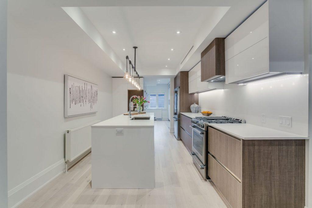 шторы на кухню в стиле модерн фото