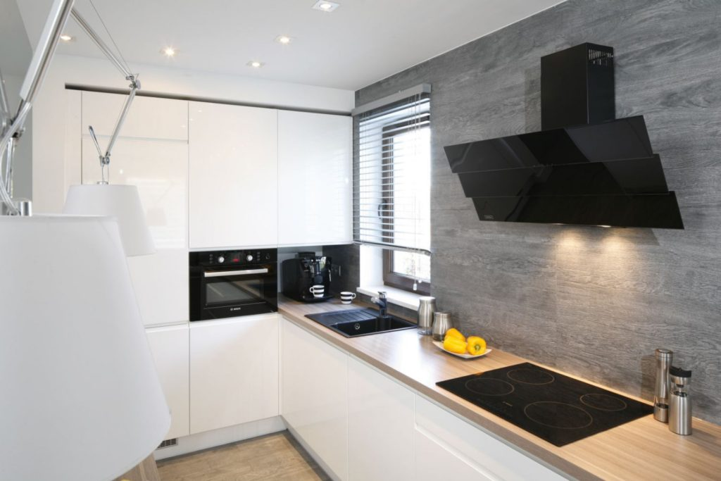 стены на кухне варианты отделки своими руками