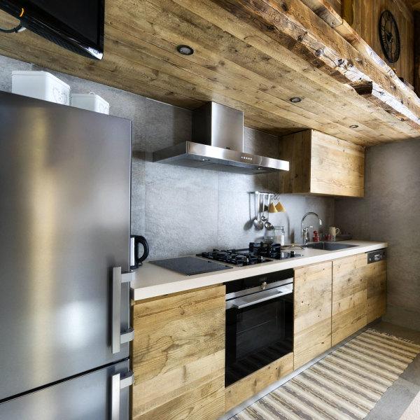 кухня цвета дерева