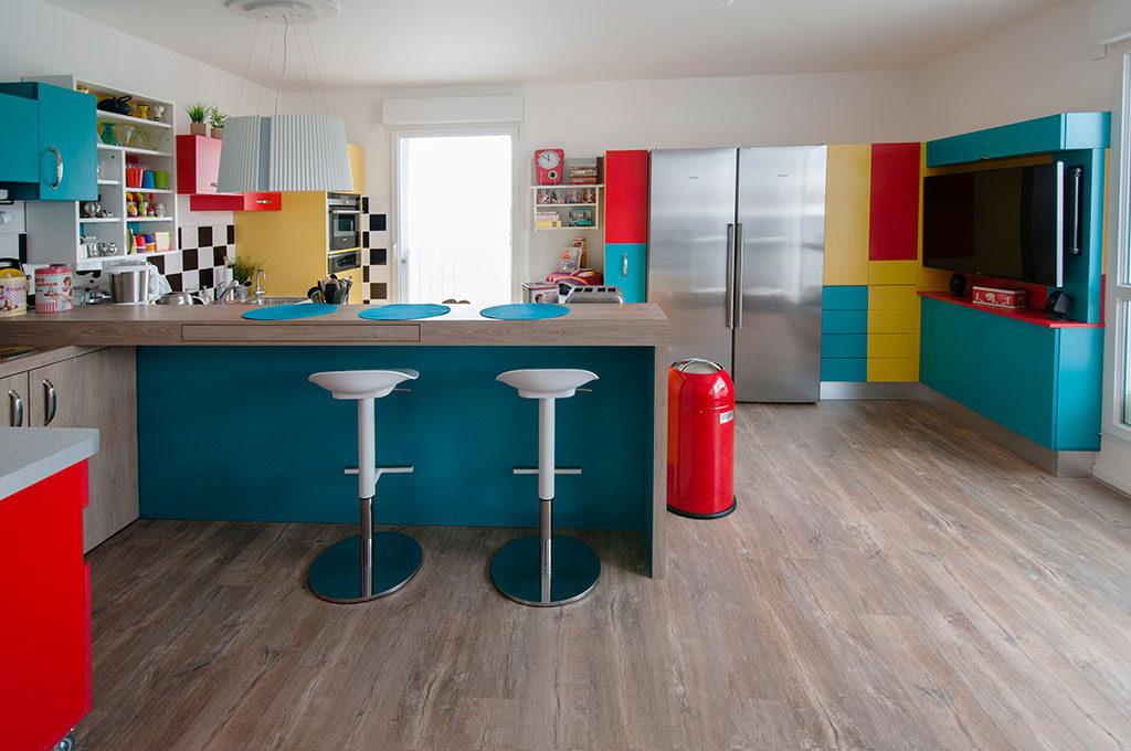 кухню каких цветов выбрать