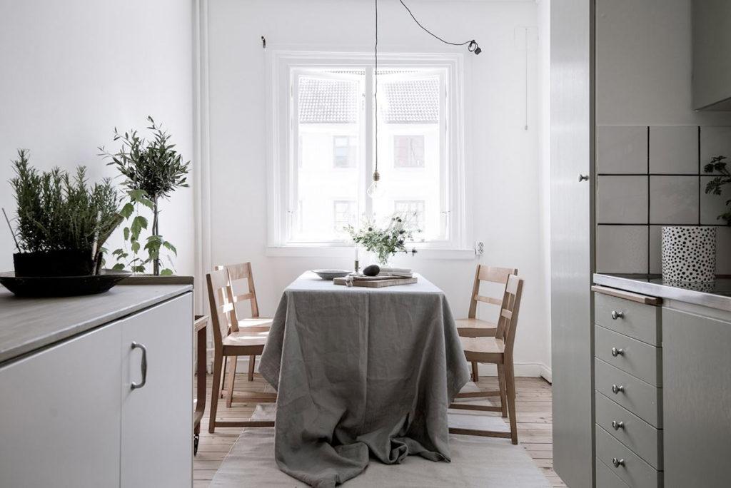кухня в жилой квартире