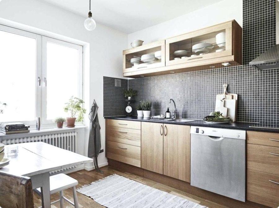 деревянная кухня в квартире