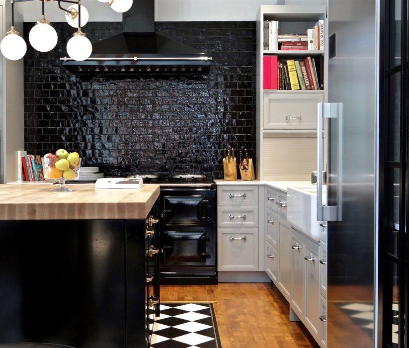 черный кухонный фартук