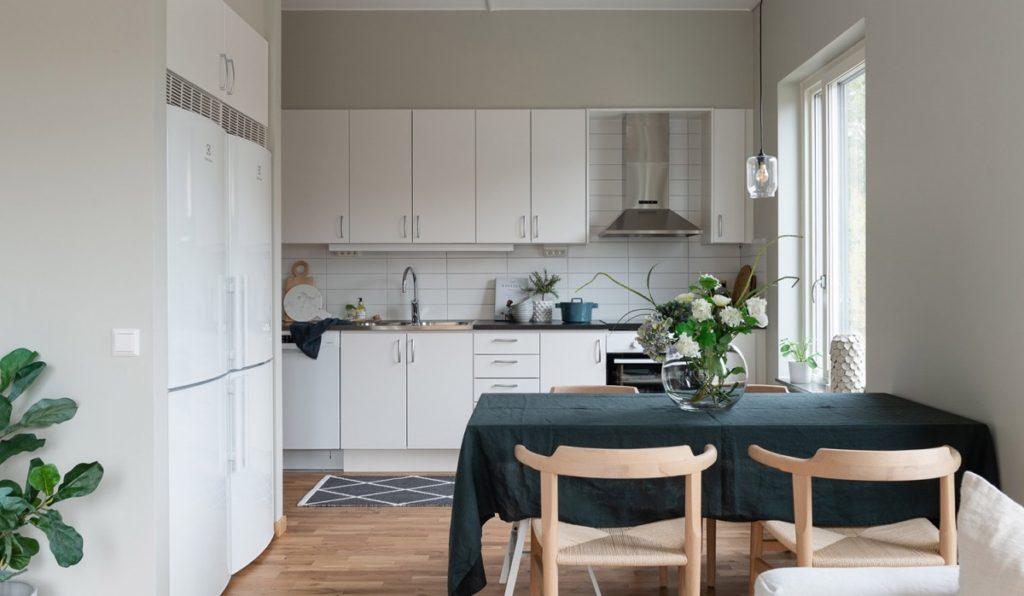 большой комната кухня