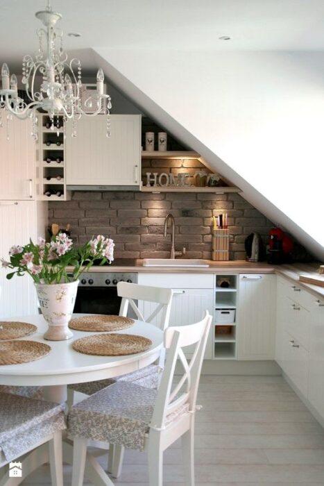 маленькие кухни белого цвета