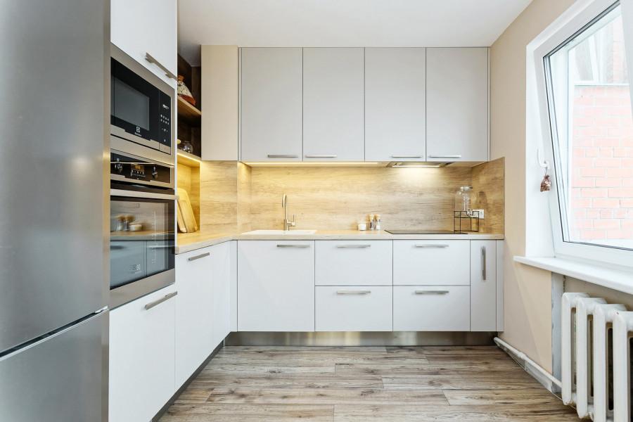 кухни встроенные угловые фото