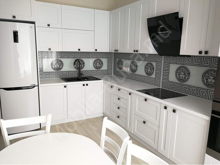 маленькие белые кухни фото интерьеров