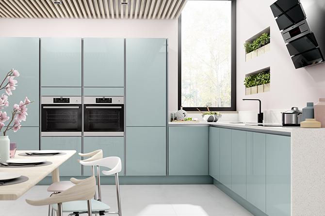 нежно голубая кухня