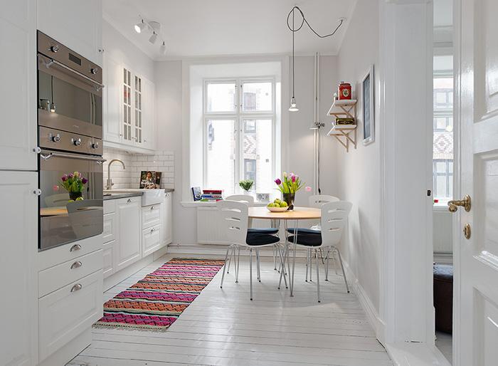 дизайн маленькой кухни белого цвета фото