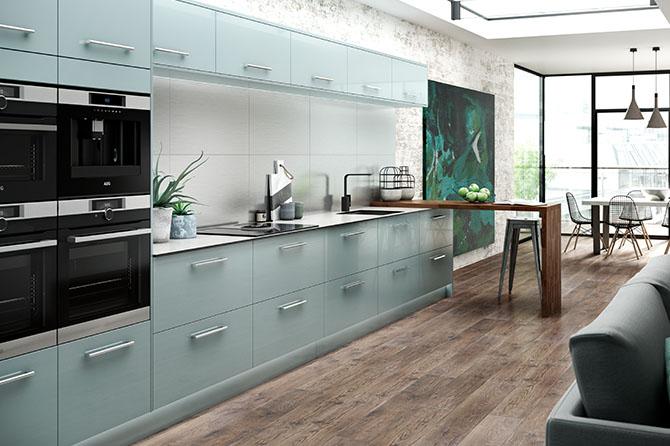с каким цветом сочетается голубая кухня