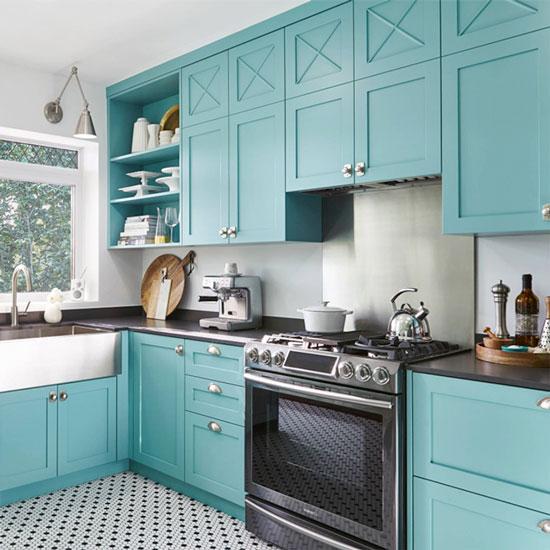 кухня бело голубая дизайн