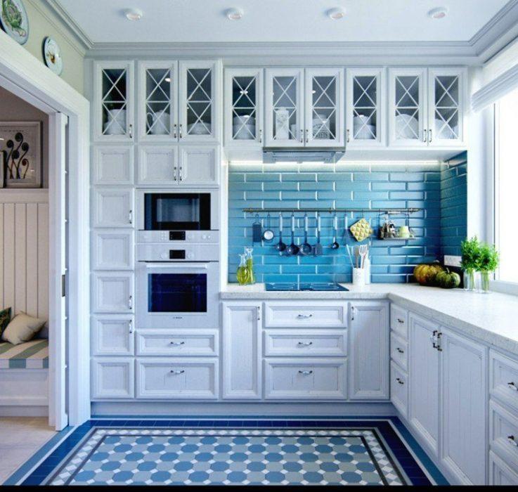 дизайн кухни в серо голубых тонах