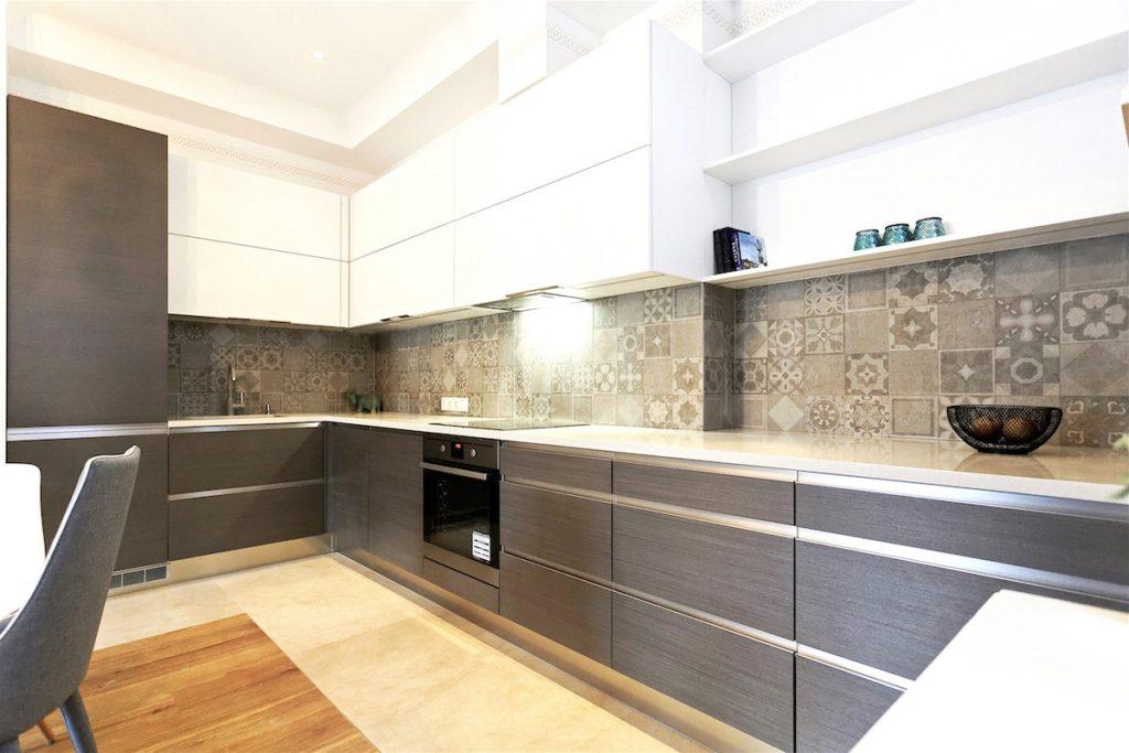кухни фото угловые цвета