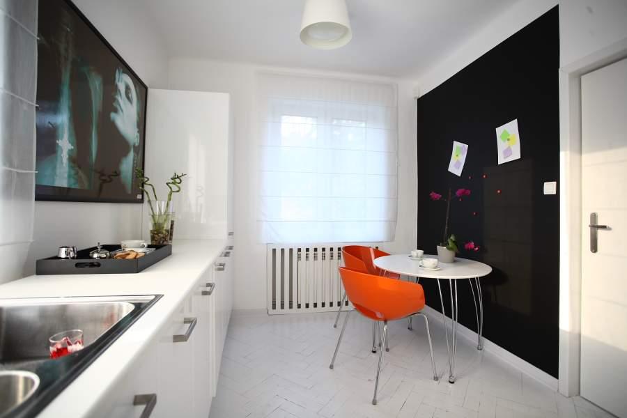 занавески на кухню на маленькие окна