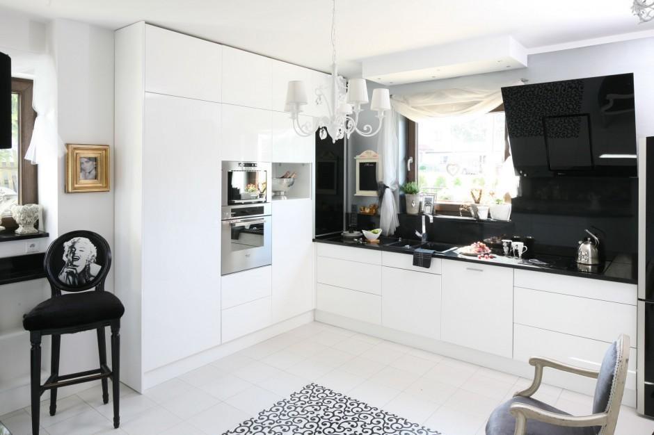 как увеличить высоту кухни21 +как увеличить пространство +в маленькой кухне20 можно ли увеличить туалет +за счет кухни18 +как увеличить площадь кухни18 увеличить кухню +за счет балкона фото16 фотообои +для маленькой кухни увеличивающие