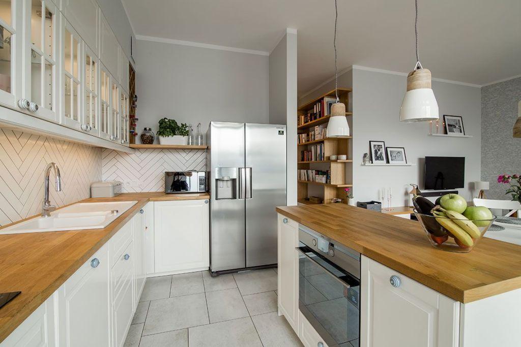 кухни с островом в современном стиле