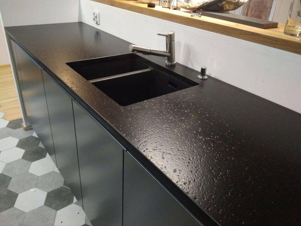 кухонный гарнитур со столешницей