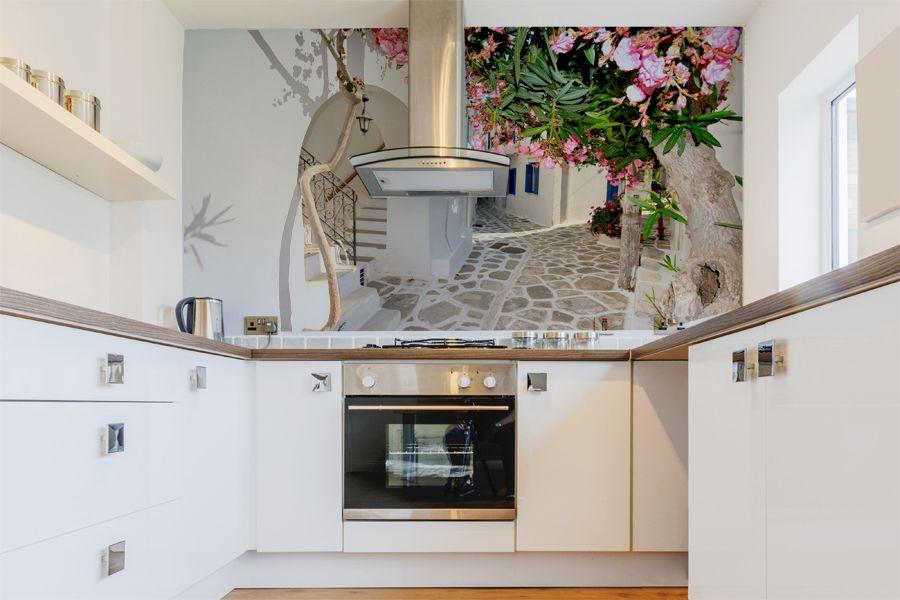 фотообои на кухню расширяющие пространство