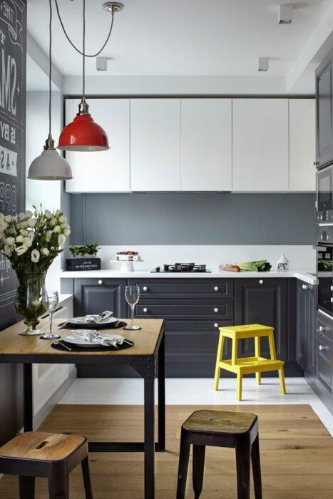 ремонт кухни кафель