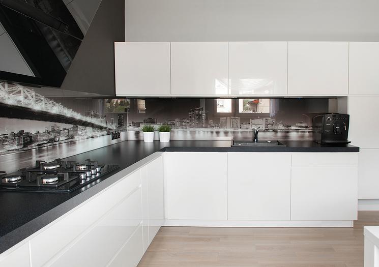 какая кухня лучше глянцевая или матовая