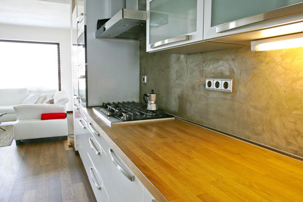на какой высоте делать розетки на кухне