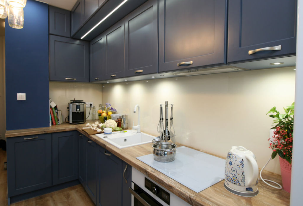 какая кухня практичнее глянцевая или матовая