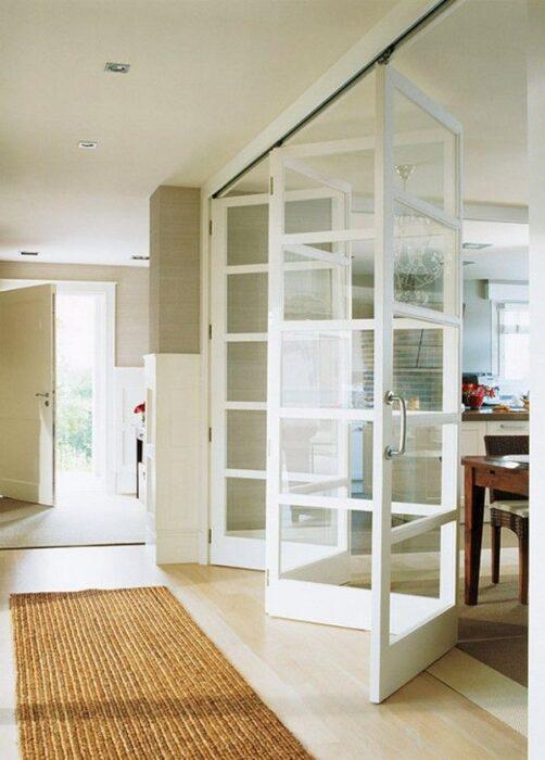 дверь гармошка на кухне
