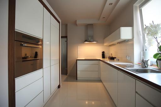встроенная электрическая кухня1 020 кухня со встроенным холодильником1 014 кухня со встраиваемым холодильником