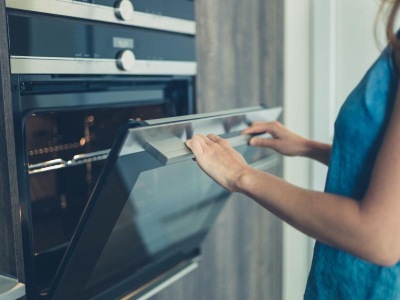способ очистить духовку