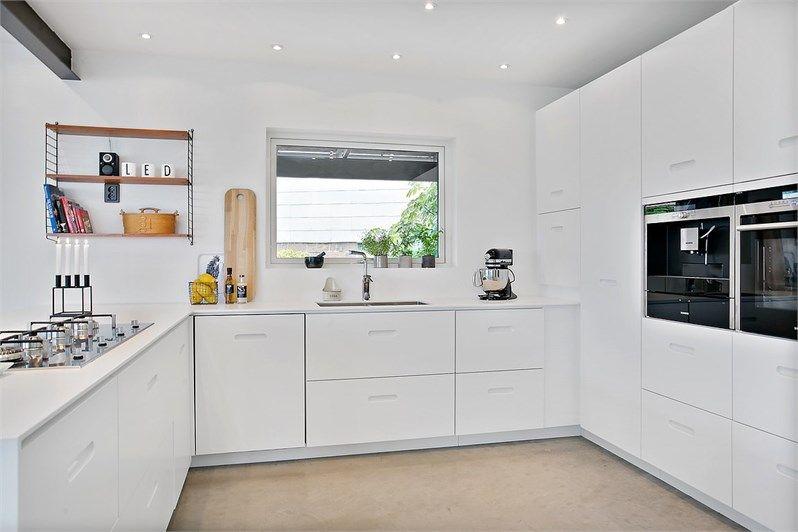 кухня в белом цвете дизайн