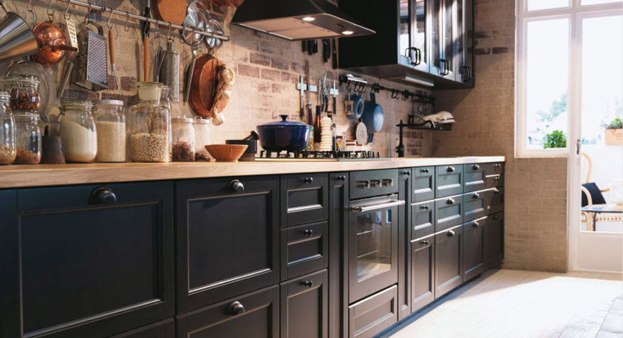 дизайн черного кухонного гарнитура