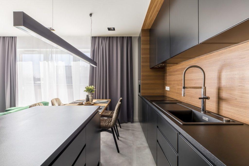 кухонный гарнитур черный глянец