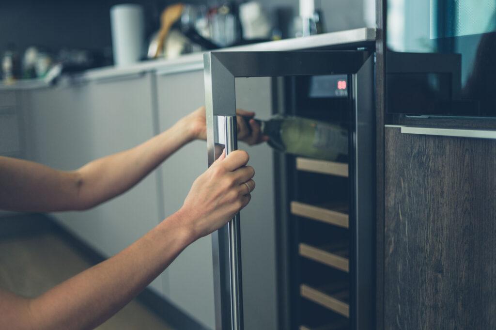 винный холодильник для дома
