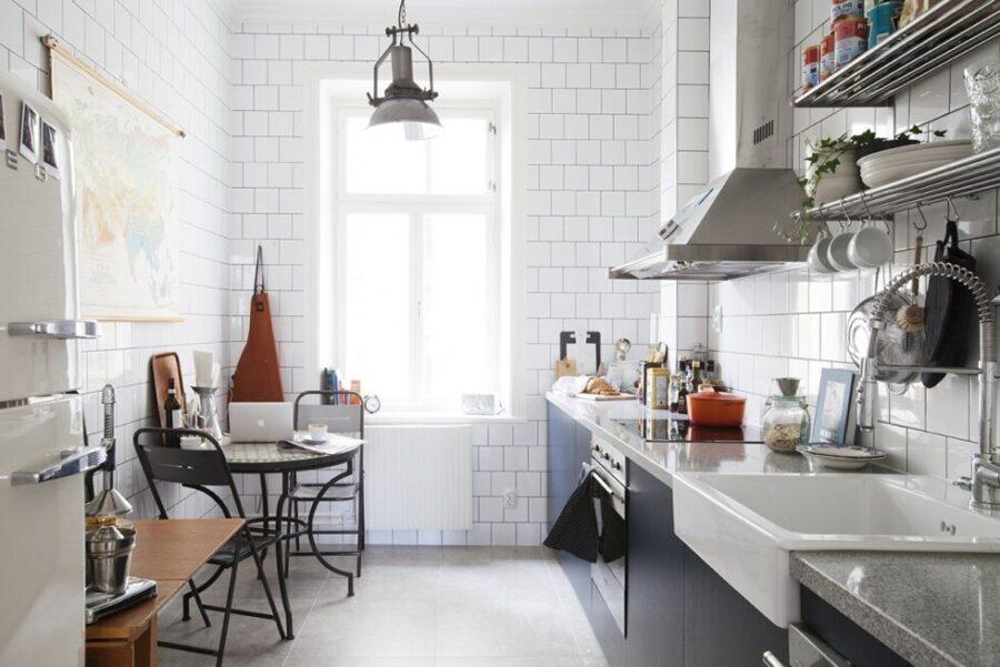 небольшая кухня стены