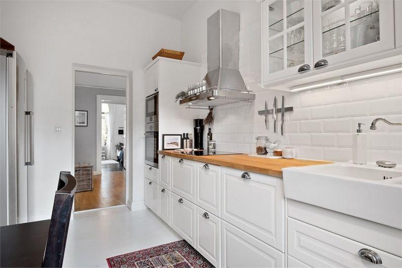 маленькая кухня гарнитур угловой фото