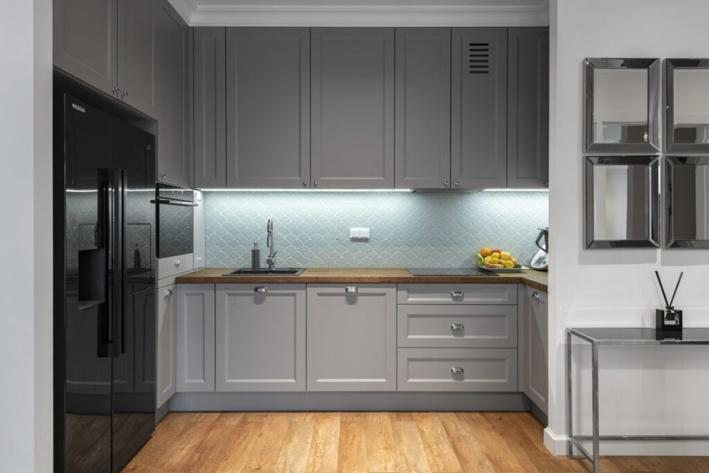 фото кухонь в серых цветах