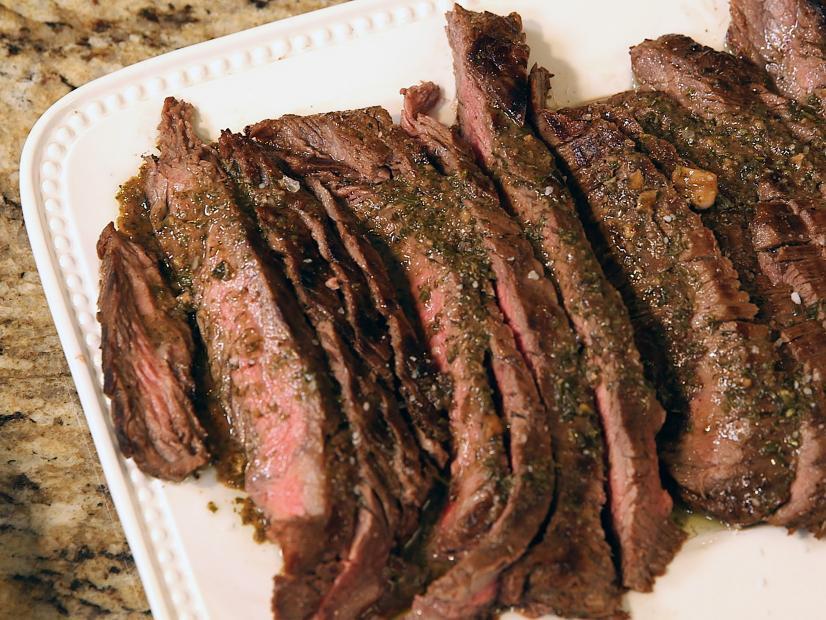 пожарить мясо стейками