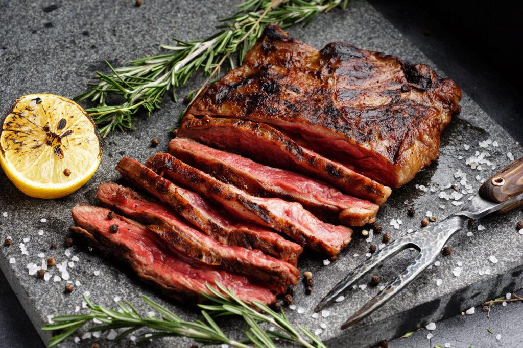 как пожарить мягкий стейк
