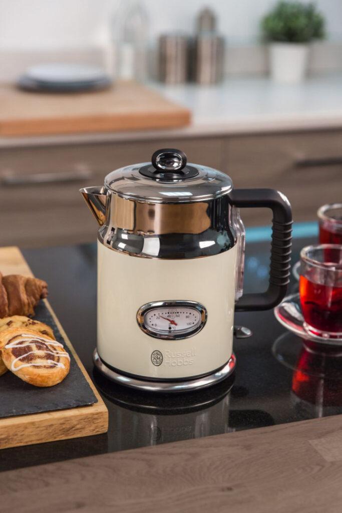 чайник ретро стиль для плиты