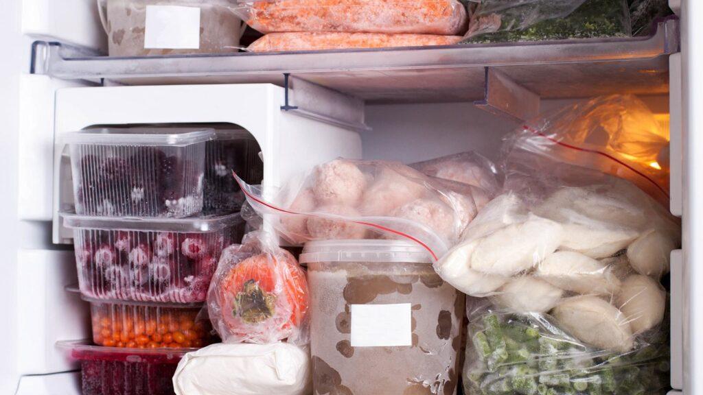 можно ли замораживать еду в морозилке
