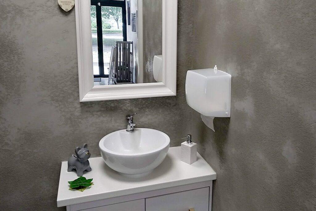 микроцемент для стен ванной