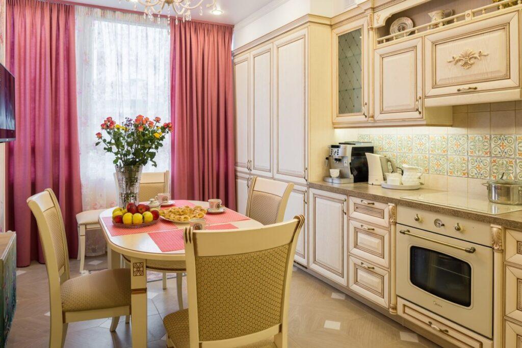 квадратная кухня +в квартире