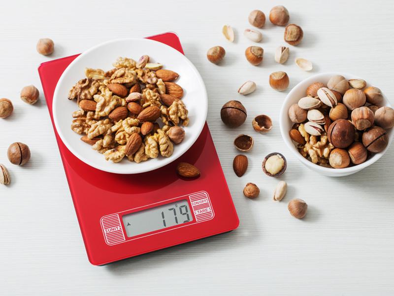как пользоваться кухонными весами